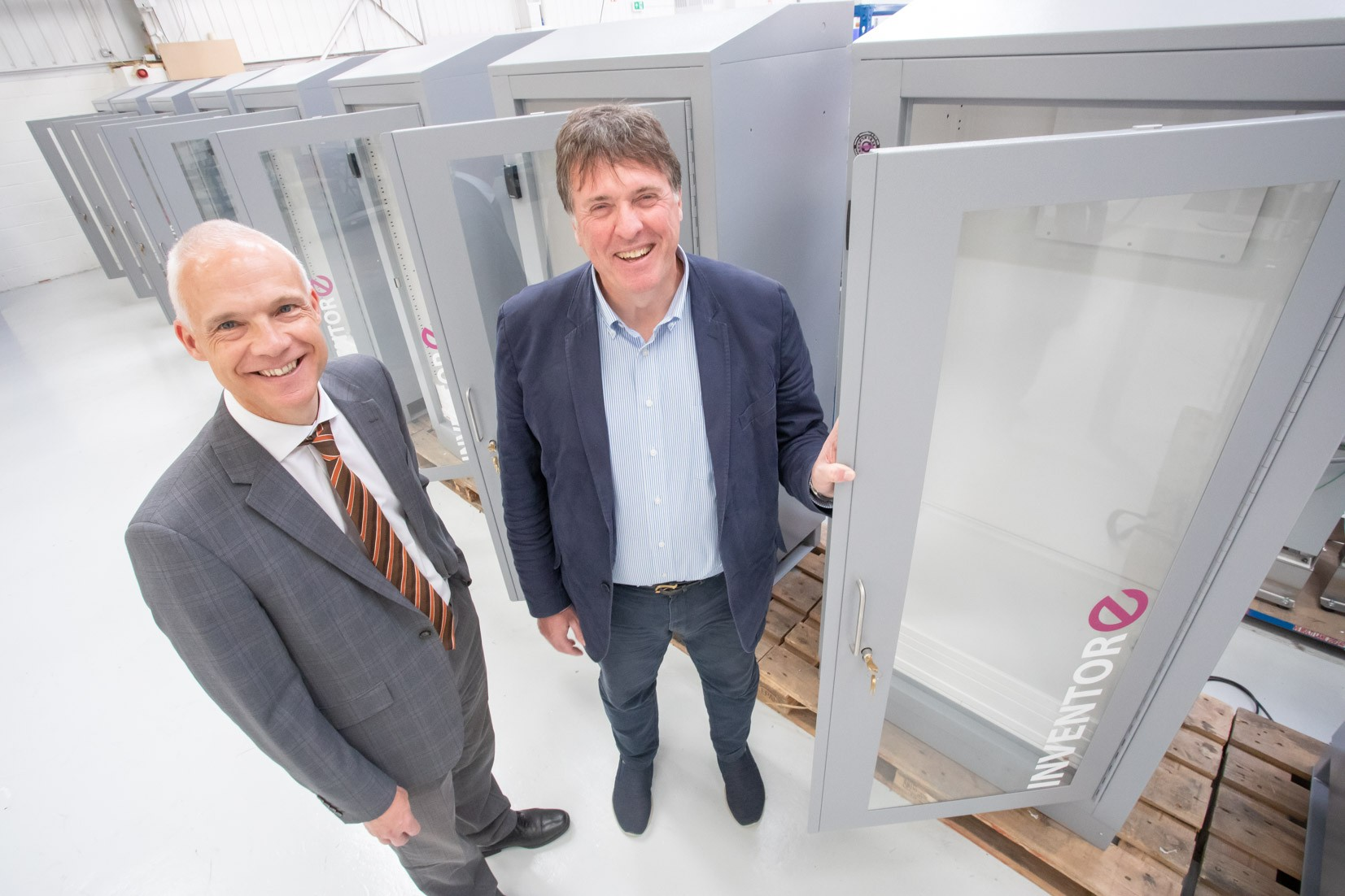 Manufacturing deal helps Inventor-e target £multi-million 'industrial vending' opportunity » inventore 18 » PP Control & Automation