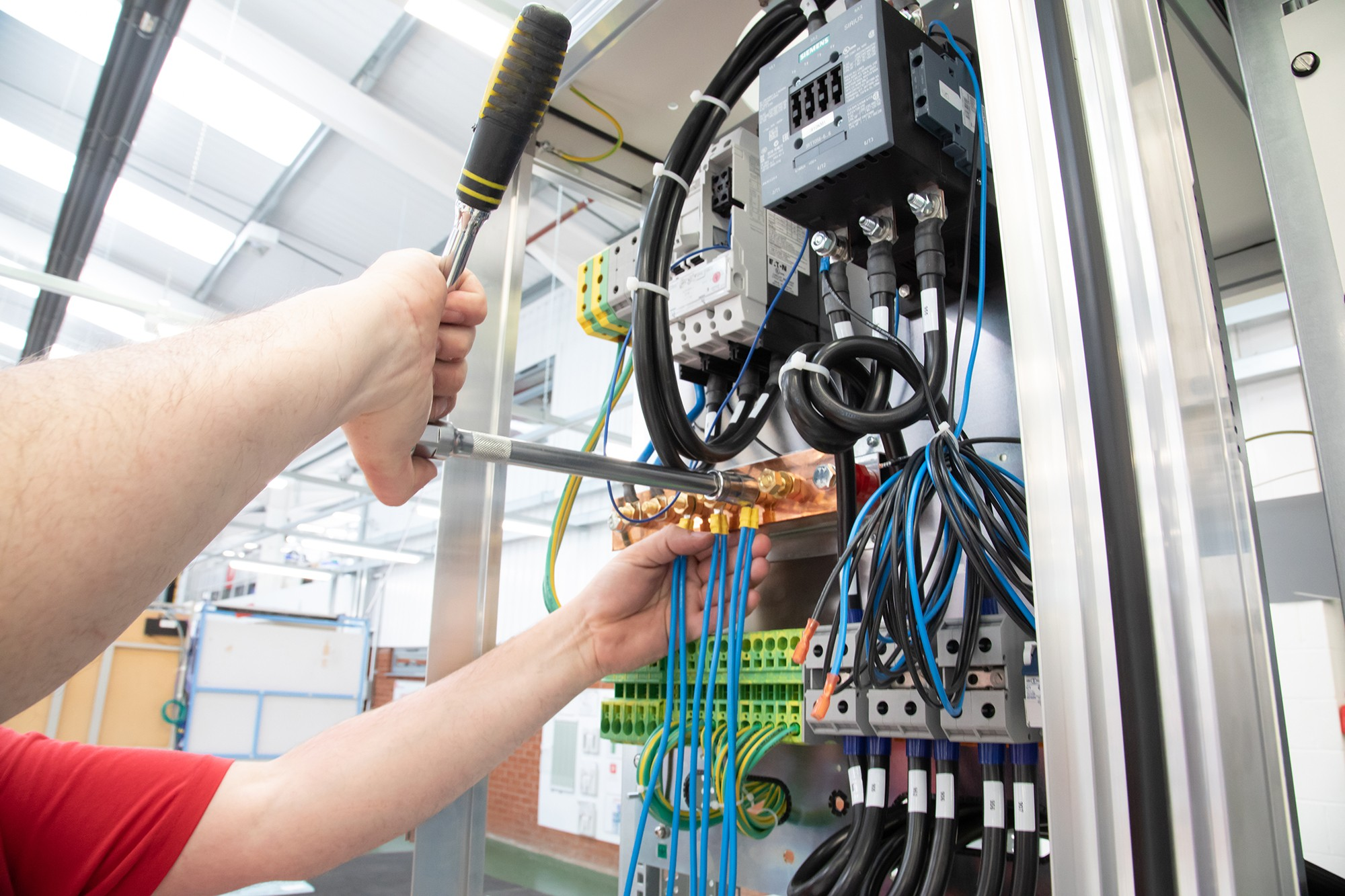 Electrical control & automation » pp 101 » PP Control & Automation