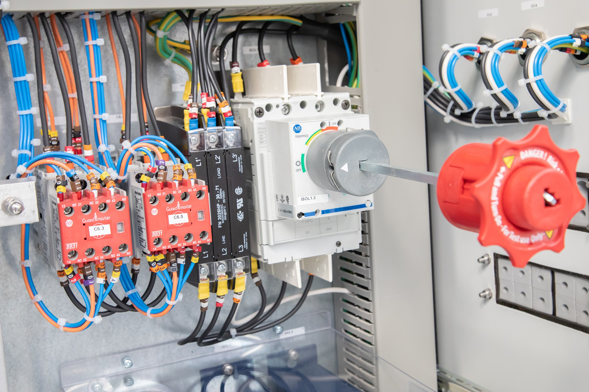 Electrical control & automation » pp 107 » PP Control & Automation