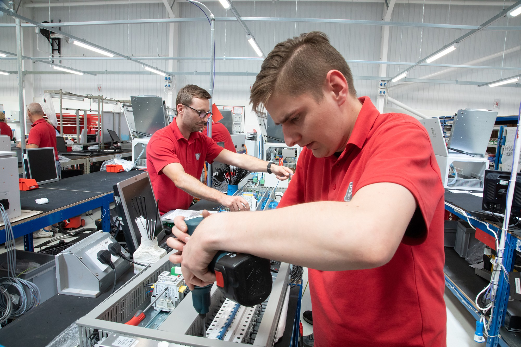 Maximising manufacturing output » pp 117 » PP Control & Automation