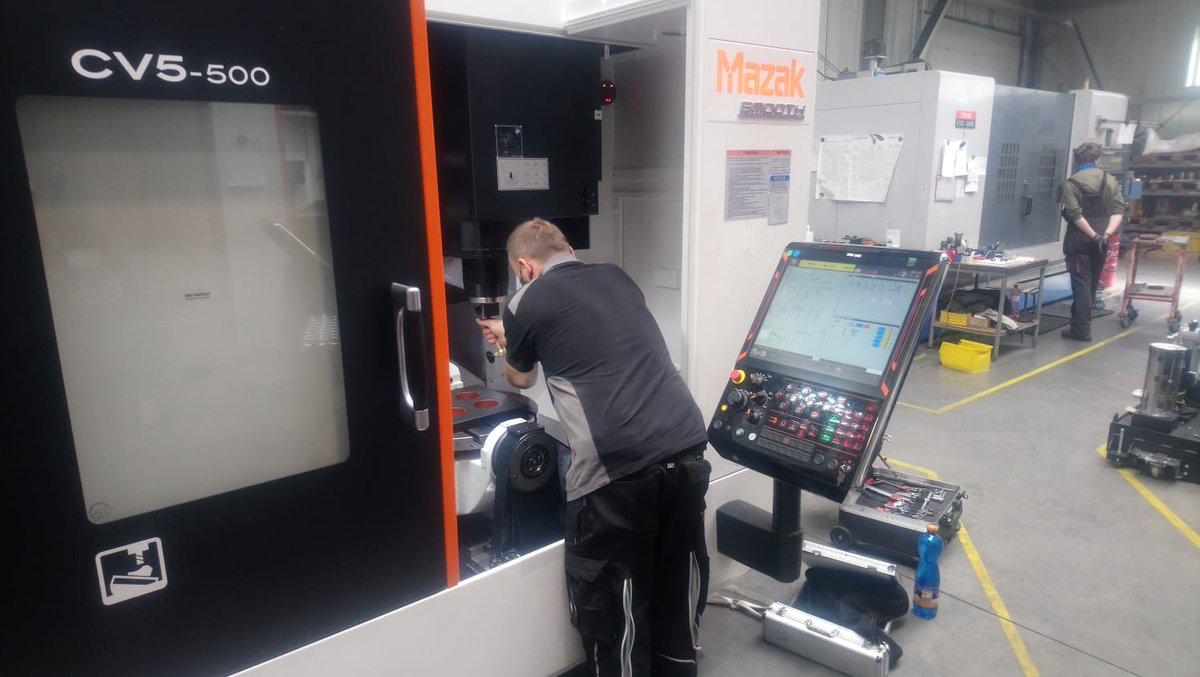 PP C&A celebrates 30,000 'control systems' milestone with Mazak UK » EXvRq0lWkAA5rCv » PP Control & Automation